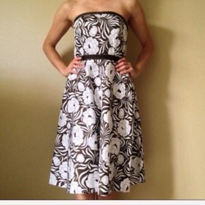 Ann Taylor Dress Fit and Flare Strapless (212)